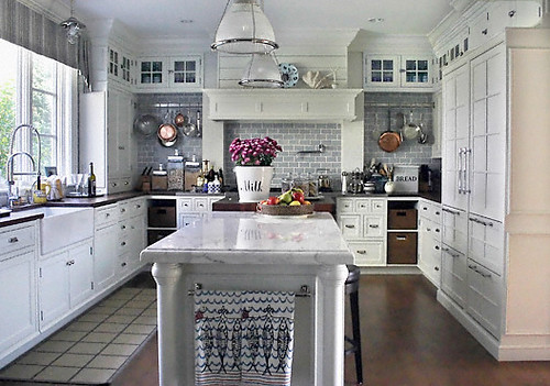 white decor kitchen