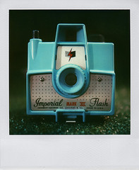 Face Off - Imperial Camera vs. Polaroid SX-70
