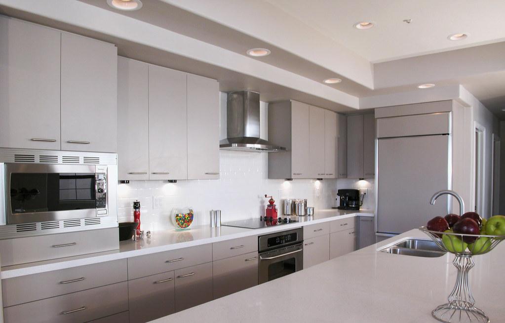 White Kitchen Countertops And Backsplash