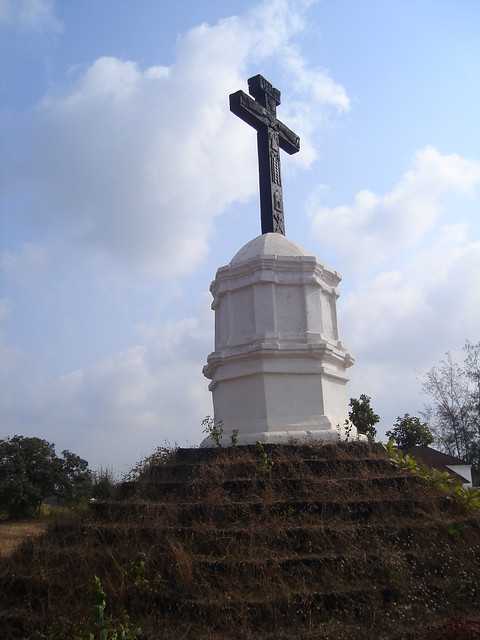 Benaulim, Holy Spirit ... cross