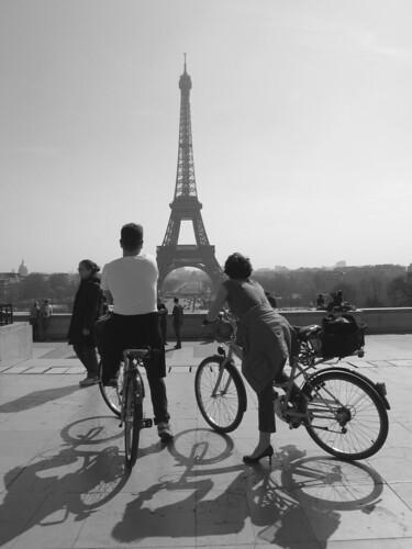 C'est beau, Paris, à vélo, vu du Trocadéro