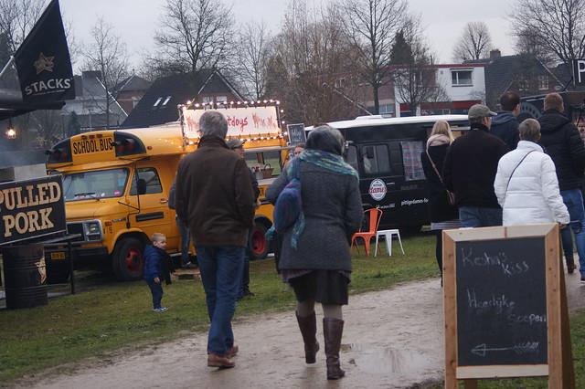 2016-12-11_LUST Food Truck Festival_MK (64)