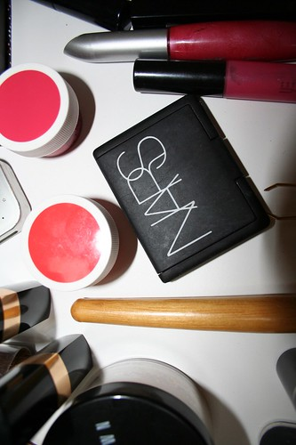 make-up sort
