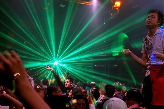 clubbing under the laser show