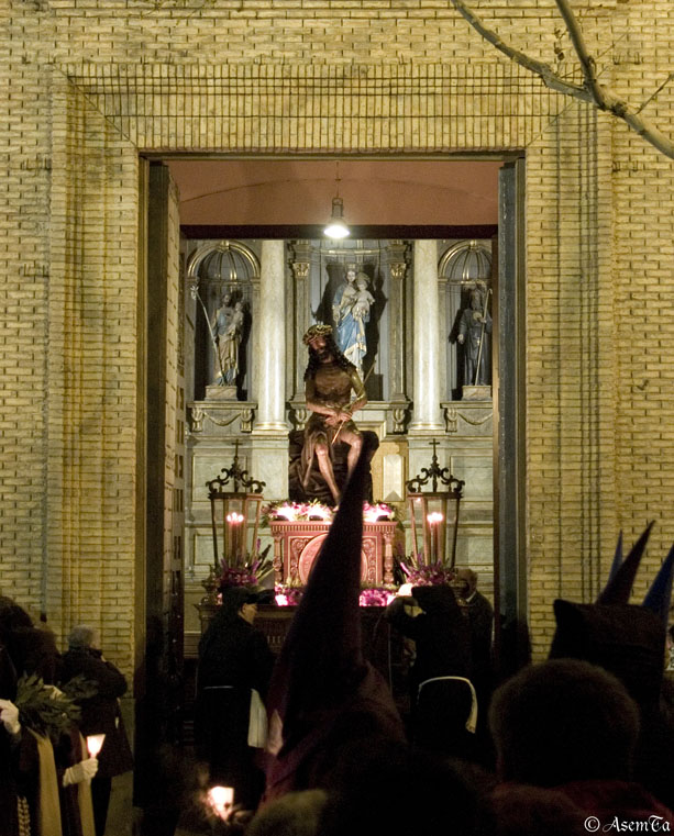 Santísimo Ecce Homo saliendo de la Iglesia de Nuestra Señora de Altabás