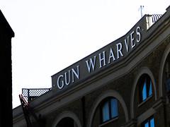 Gun wharves