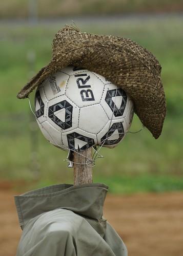 hat ball garden pie interestingness aluminum head soccer scarecrow straw creepy explore plates arkansas cabot i500 24hoursofflickr