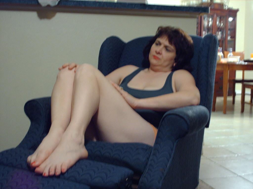 Eiza gonzalez lesbian scene