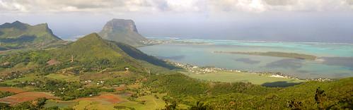mountain trekking trek landscape geotagged mauritius lemorne chamarel ileauxbenitiers pitondelapetiterivierenoire montagnelaporte geo:lat=20413833 geo:lon=57411194 pitonducanot