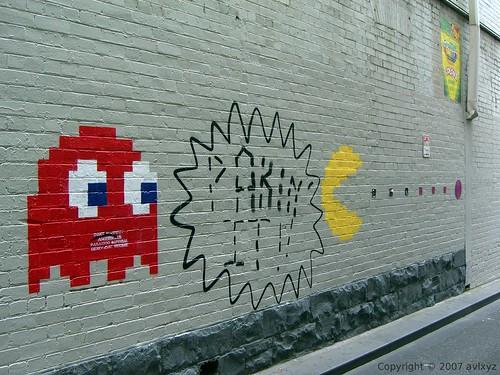 Pac-Man and Ghost - 無料写真検索fotoq