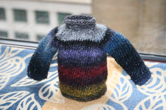 Hoodie Hat Knitting Pattern Free : DOLL SWEATER PATTERNS   Free Patterns