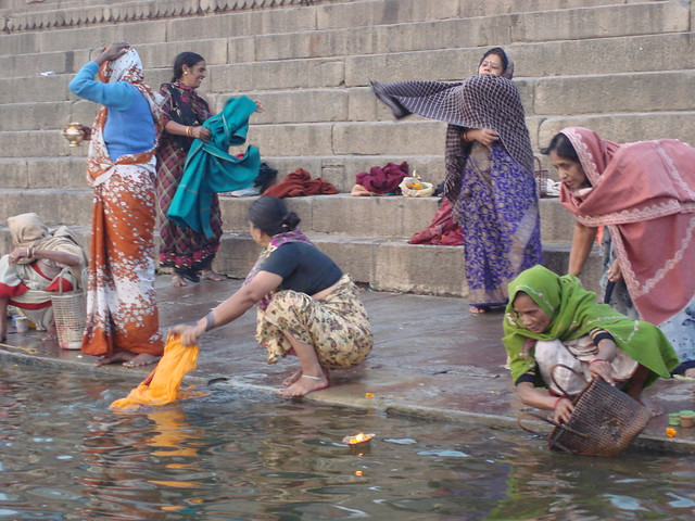 red river hindu single women In search of a river, stand pipe or a hindu to their single life to celebrate, women and men gather vivaah sanskaar a traditional hindu wedding.