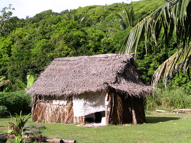 Small hut flickr photo sharing for Small garden huts