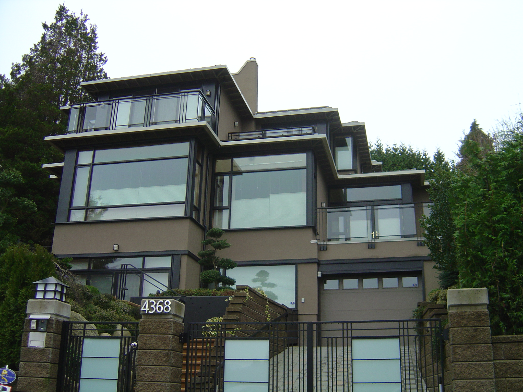Modern vancouver house flickr photo sharing Modern houses with big windows