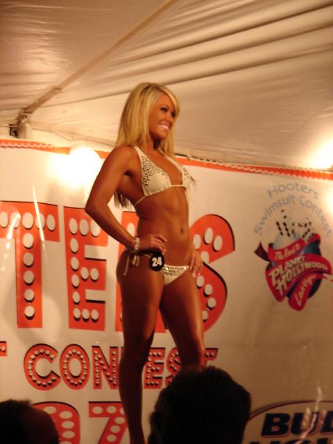 Hooters Bikini Contest 2007