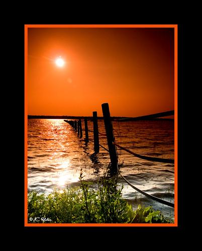 light sunset sun lake luz sol water lago atardecer agua bravo searchthebest perspective olympus perspectiva zuiko soe cokin e500 zd p121 1454mm magicdonkey outstandingshots jcroldan colorphotoaward flickrplatinum p124 bratanesque déjatedeferiayventepacáianda