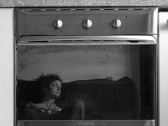 gas stove(0.0), kitchen appliance(1.0), kitchen stove(1.0), black-and-white(1.0), major appliance(1.0),
