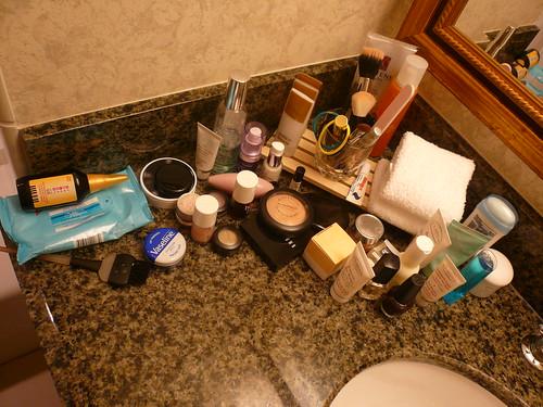 Sink cosmetics overload, Hyatt, San Diego