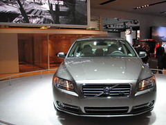 automobile(1.0), automotive exterior(1.0), executive car(1.0), family car(1.0), vehicle(1.0), mid-size car(1.0), volvo s80(1.0), volvo cars(1.0), land vehicle(1.0), luxury vehicle(1.0),