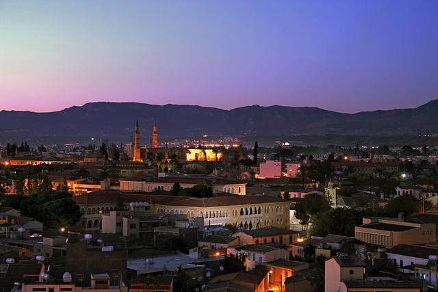 Nicosia in the Walls