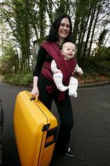 baby bundler   mother, child, suitcase    MG 1857