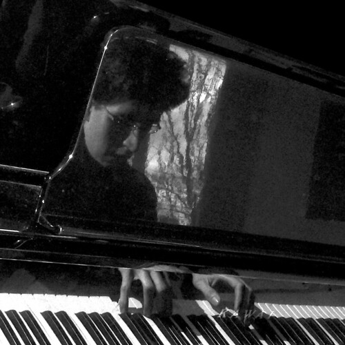 HECTOR SANCHEZ, PIANO