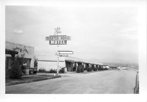 summer vacation arizona landscape highway unitedstates time july places 1940s prints benson 20thcentury geotag orientation sizes 1949 activities us80 redate quarterhorsemotel timeofyear photospecs stockcategories 2½x3½ flickrmaintenance j49v