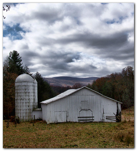 clouds barn landscape virginia virginiacreepertrail greencove washingtoncounty citrit