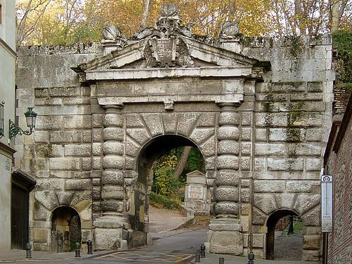 Granada Alhambra Puerta De Las Granadas A Photo On