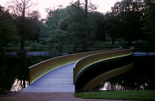 Sackler_Crossing_Kew_James_Newton_02