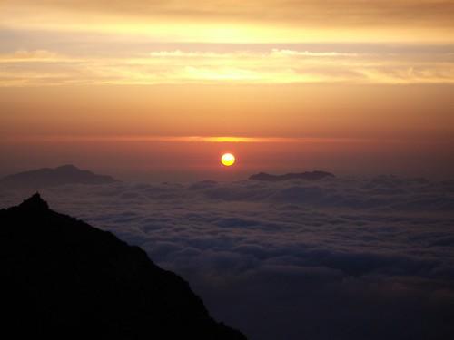 cloud mountain japan sunrise hakuba nagano happo cloudsea karamatsu 八方尾根
