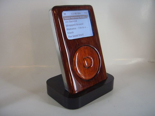 Wooden iPod -Dock