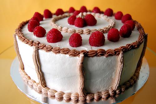 French Strawberrry Cake