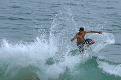 waterskiing(0.0), bodyboarding(0.0), surface water sports(1.0), boardsport(1.0), individual sports(1.0), sports(1.0), sea(1.0), surfing(1.0), wind wave(1.0), extreme sport(1.0), wave(1.0), water sport(1.0), skimboarding(1.0), surfboard(1.0),