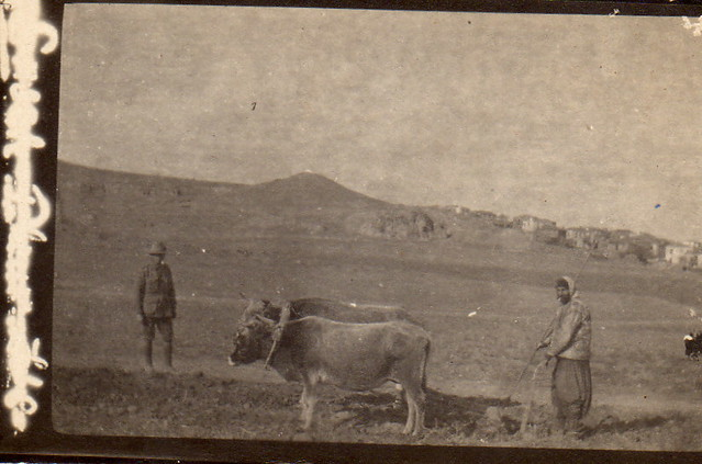 Australian soldier and peasant. Probably late 1915 or early 1916, probably Lemnos