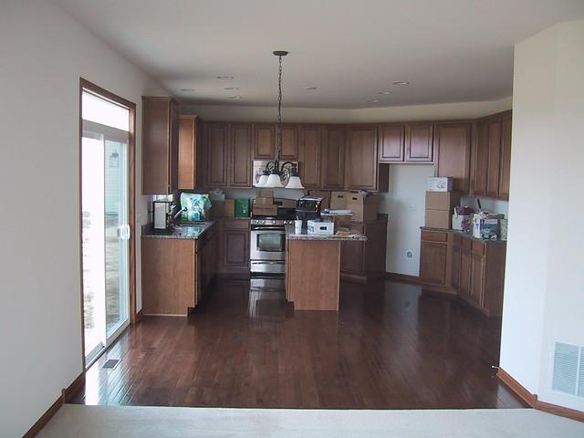 Kitchen sans Fridge