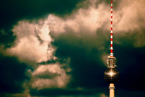 TV tower V by manganite