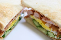 blt, sandwich, meal, lunch, breakfast, ham and cheese sandwich, muffuletta, ciabatta, bã¡nh mã¬, food, dish, quesadilla, breakfast sandwich, cuisine,