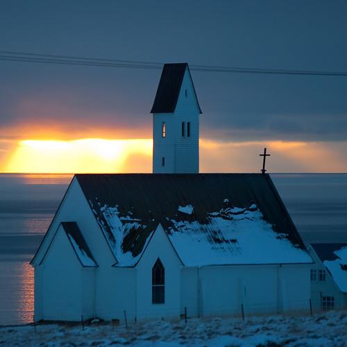 winter sunset church architecture iceland dusk myfav hvalfjörður borgarfjordur borgarfjörður hvalfjordur saurbaer saurbær