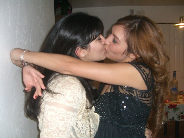 lesbian kissing galleries From a total of 322 Best Of images in this set.