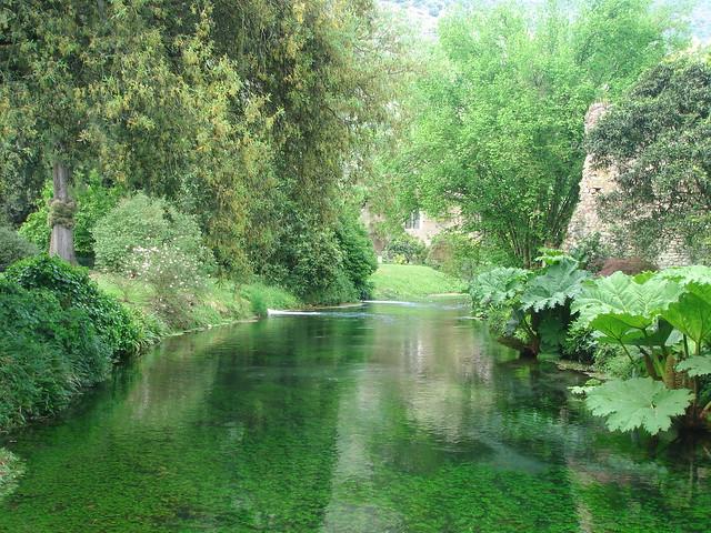Il Giardino Di Ninfa The Beautiful Garden Of Ninfa
