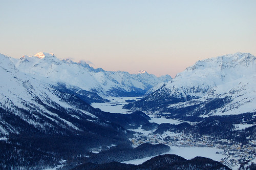 winter mountains alps sunrise schweiz switzerland suisse berge alpen svizzera sonnenaufgang engadin stmoritz oberengadin graubünden grisons upperengadine graubunden grigioni muottasmuragl