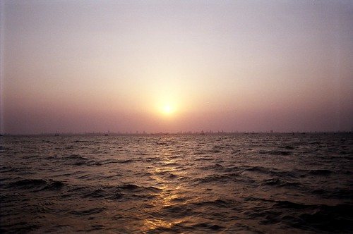Sun set Mumbai by kannajie