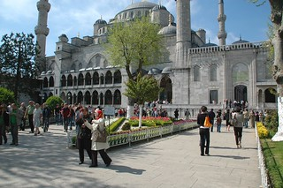 Be Amazed by the beauty of the Blue Mosque - Things to do in Istanbul