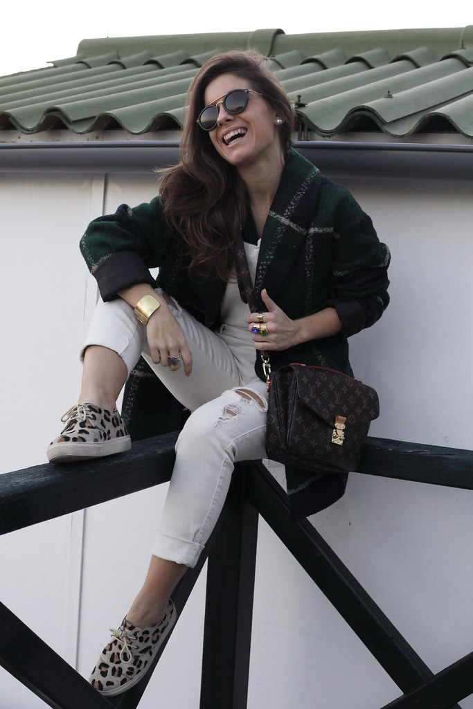 015_Green_tartan_coat_theguestgirl_outfit_laura_santolaria_blogger_barcelona_influencers_inspo_looks_casual