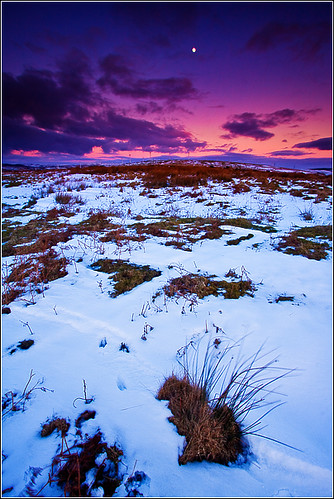 winter sunset moon mountain snow cold grass wales clouds landscape geotagged frozen twilight dusk freezing explore filter lunar windfarm wfc graduated bridgend circularpolariser canonefs1022mmf3545usm pencoed giap neutraldensity cumru explored taffely nd8grad welshflickrcymru snedge canoneos40d geo:lat=51562078 heolycyw andrewwilliamdavies 09ndgrad geo:lon=3492751