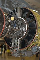 wheel(0.0), jet engine(1.0), engine(1.0), aircraft engine(1.0),
