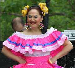 quinceaã±era(0.0), costume(0.0), hula(0.0), dance dress(1.0), hairstyle(1.0), event(1.0), performing arts(1.0), dance(1.0), pink(1.0),