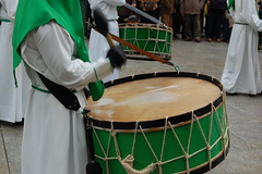 bass drum(0.0), snare drum(0.0), drums(0.0), barrel drum(0.0), hand drum(0.0), timbales(0.0), dhol(0.0), timpani(0.0), percussion(1.0), drummer(1.0), drum(1.0), skin-head percussion instrument(1.0),