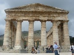 Athens Night Sightseeing Tour With Dinner And Folk Show